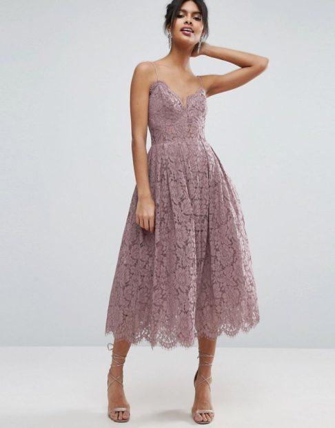 платья выпускные 2018 2019 гипюровое светлое миди