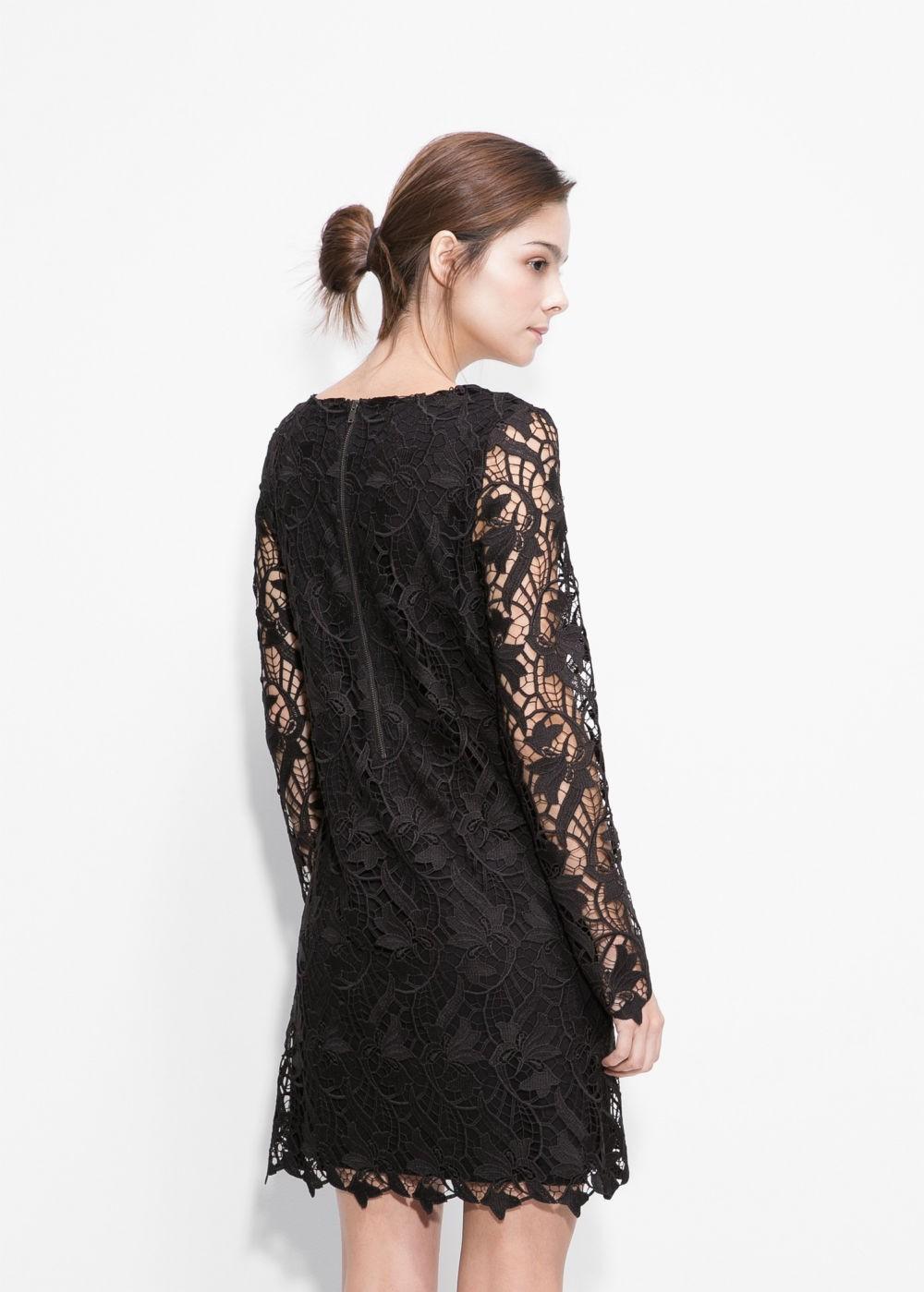 платья выпускные 2018 гипюровое черное