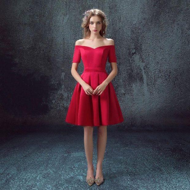 платья выпускные 2018 2019 открытые плечи красное
