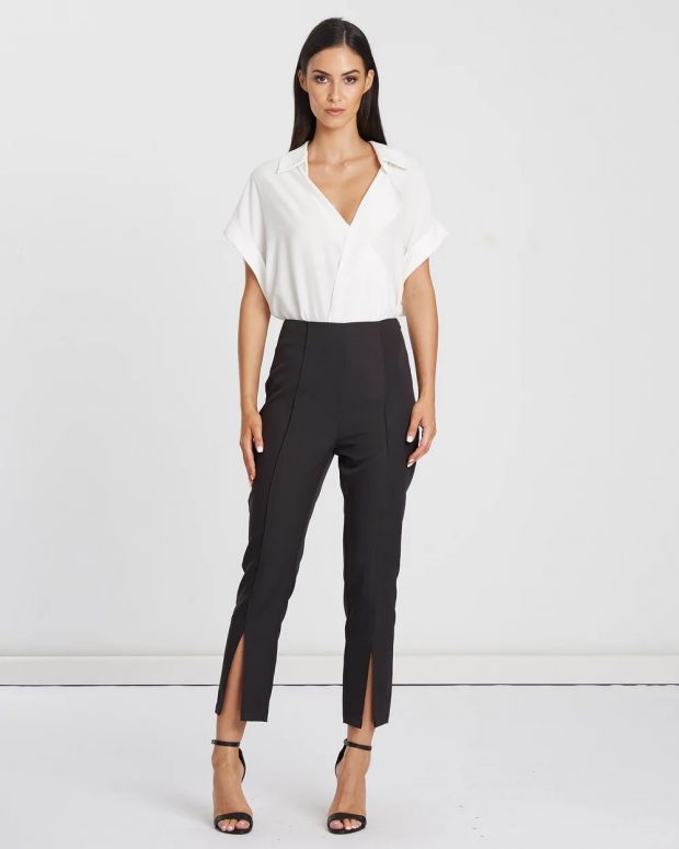 с чем носить укороченные брюки: под белую рубашку