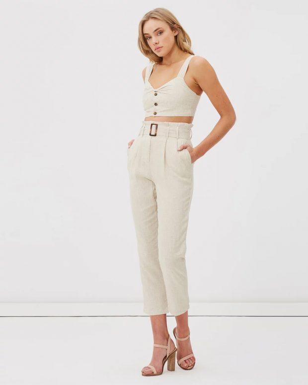 с чем носить укороченные брюки: под белый топ