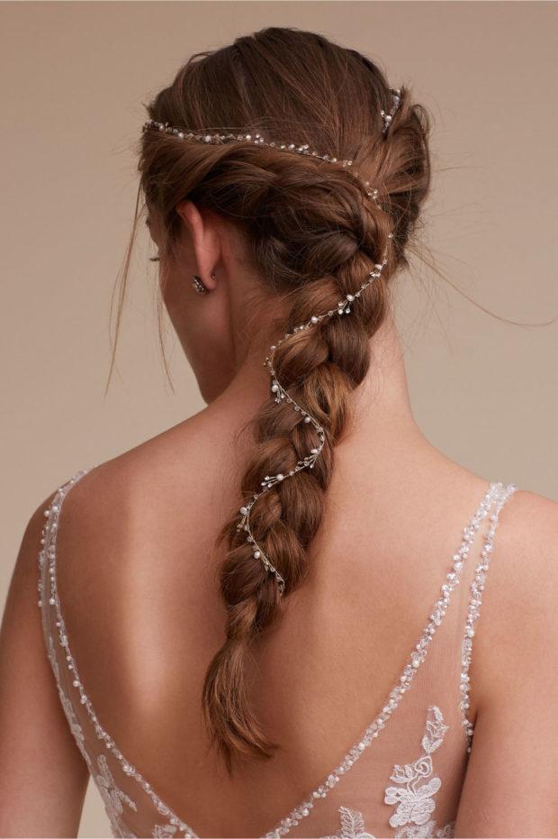 прическа коса с диадемой