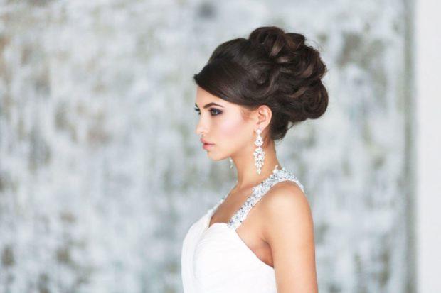 свадебная мода: прическа на длинные волосы