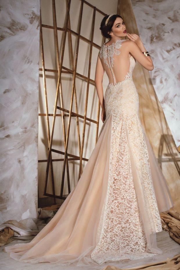 свадебная мода 2019-2020: платье бежевое открытая спина