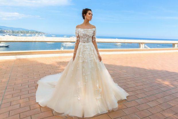 свадебная мода 2019-2020: платье без плеч пышное