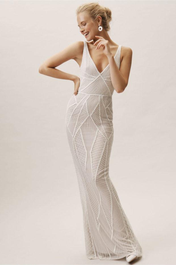 свадебная мода: платье белое на лямках кружевное