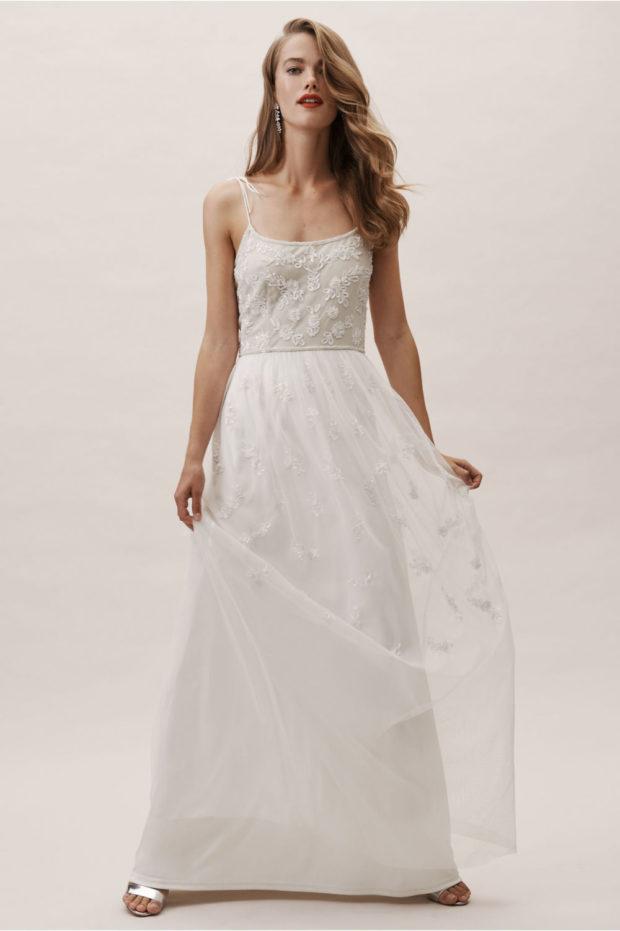 ажурное платье белое на тонких лямках