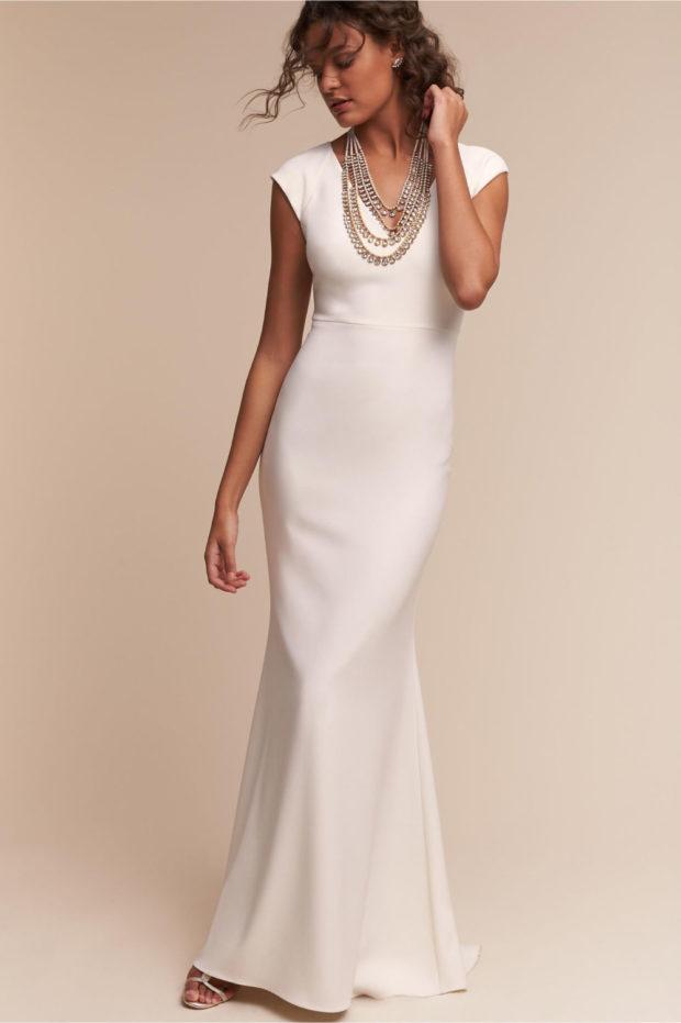 белое платье русалка без рукавов
