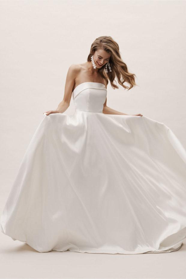 свадебная мода: платье белое открытые плечи