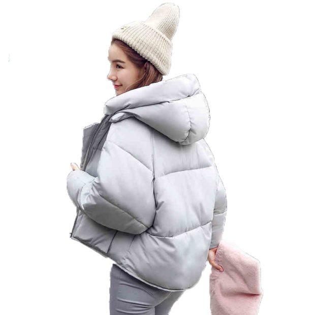 Тренды осень зима 2019: куртка короткая серая