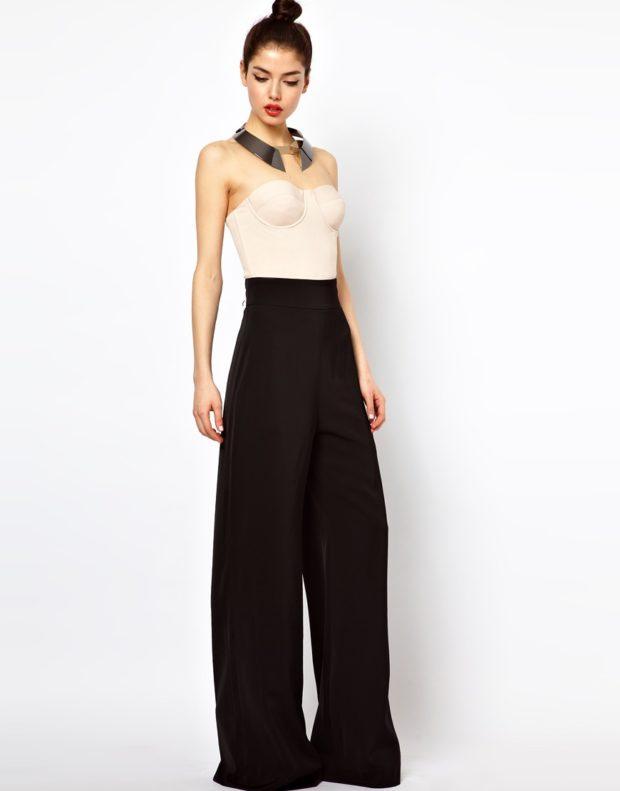 тренды: брюки широкие под топ