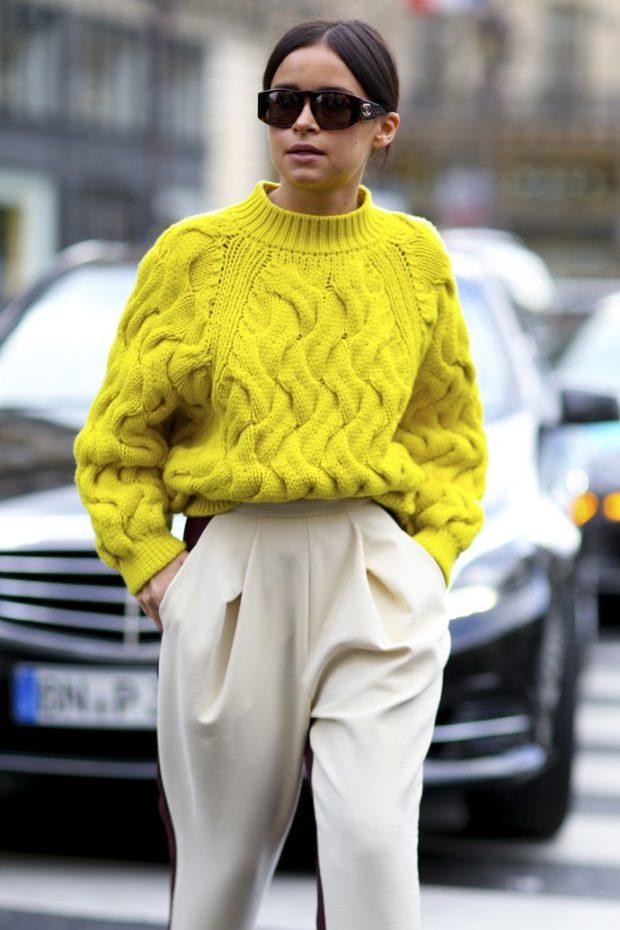 фото тенденций: желтый свитер вязка