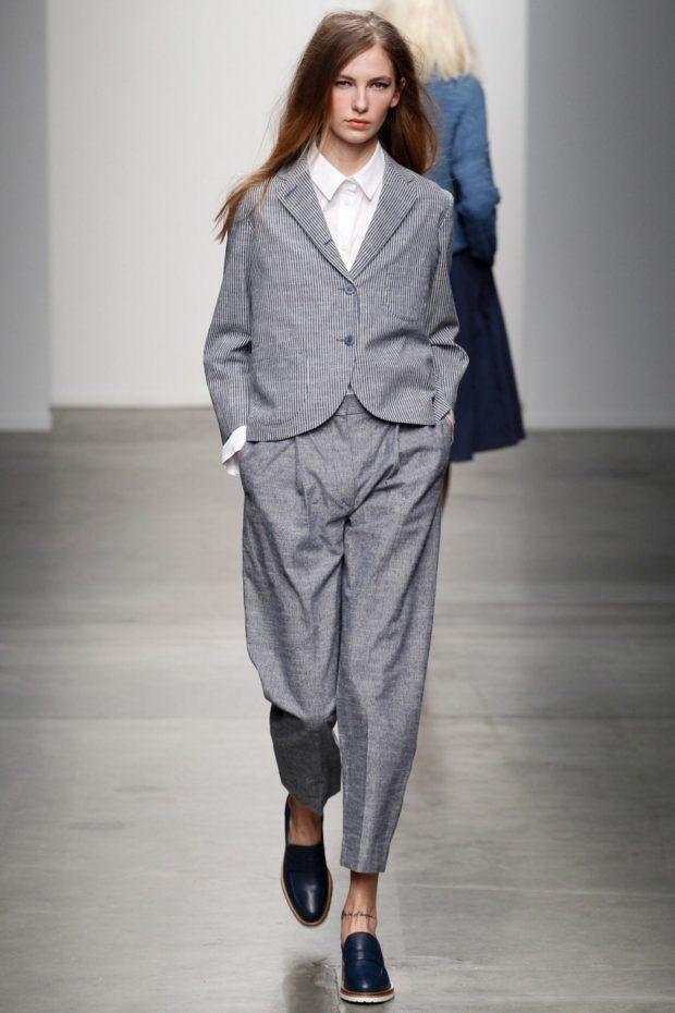 брючный костюм серый оверсайз
