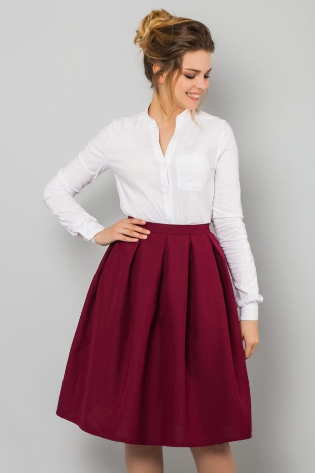 юбка бордовая в складку