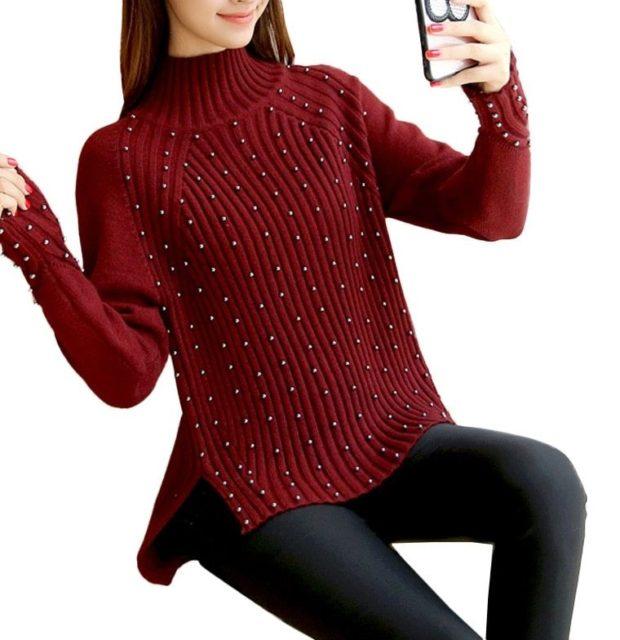 фото тенденций: свитер красный с бусинками