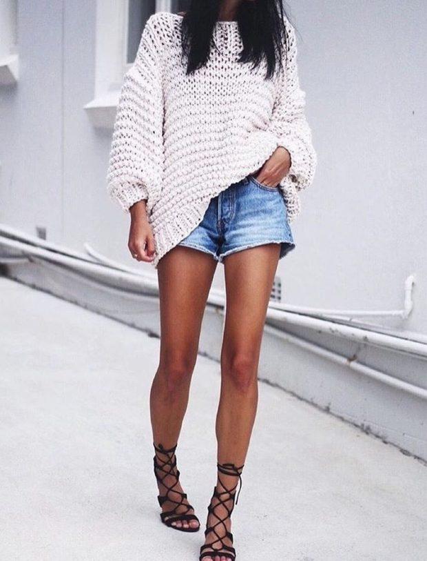 фото тенденций: свитер белый объемный