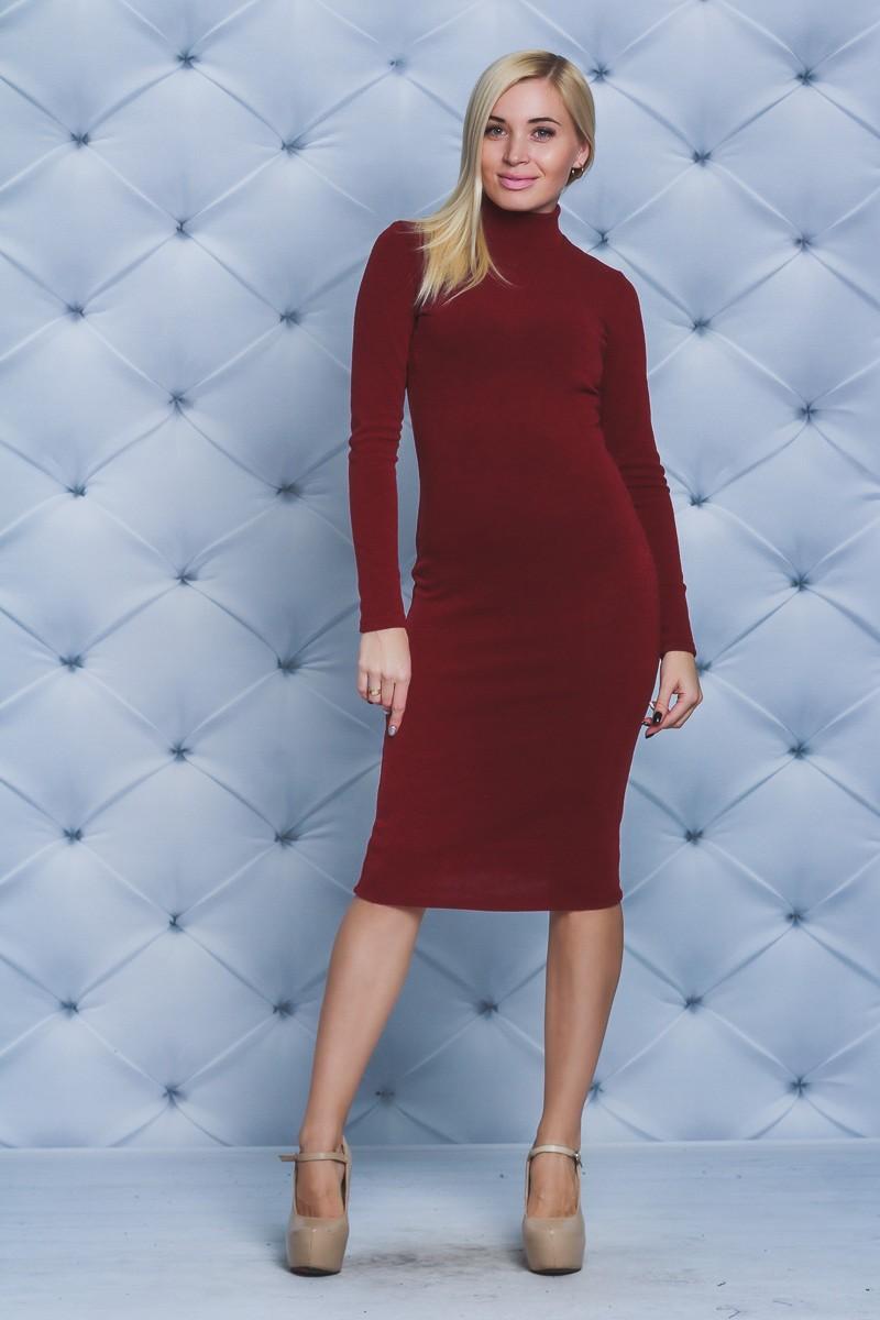 тренды осень зима 2019: красное платье по фигуре из шерсти