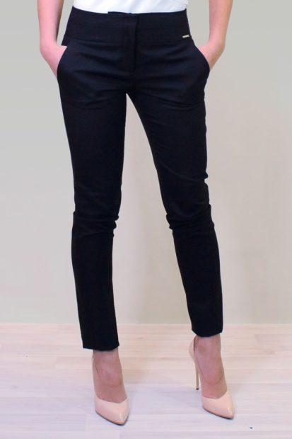 укороченные брюки с чем носить черные под шпильку