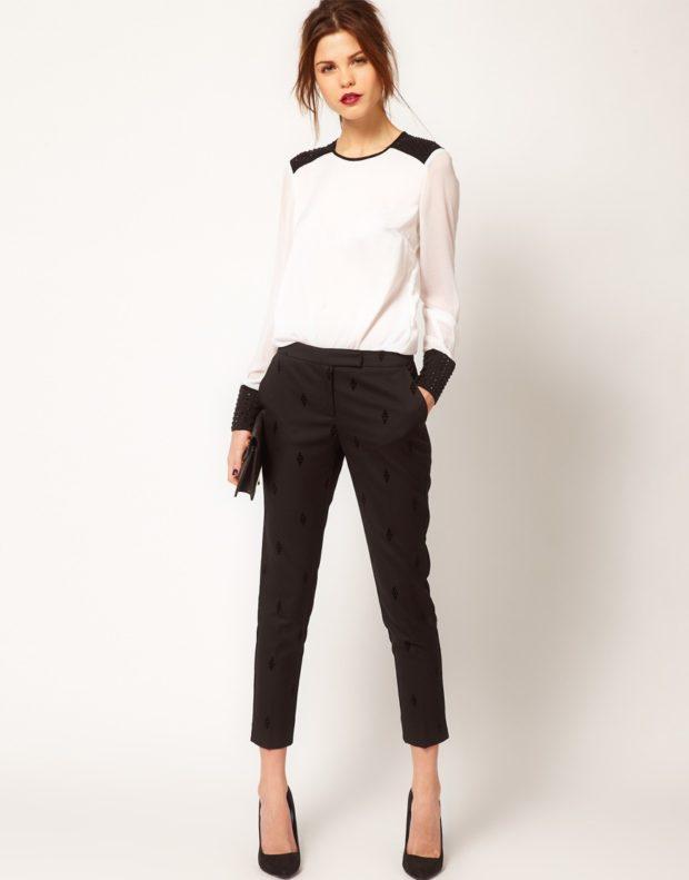 укороченные брюки с чем носить прямые черные под белую блузку