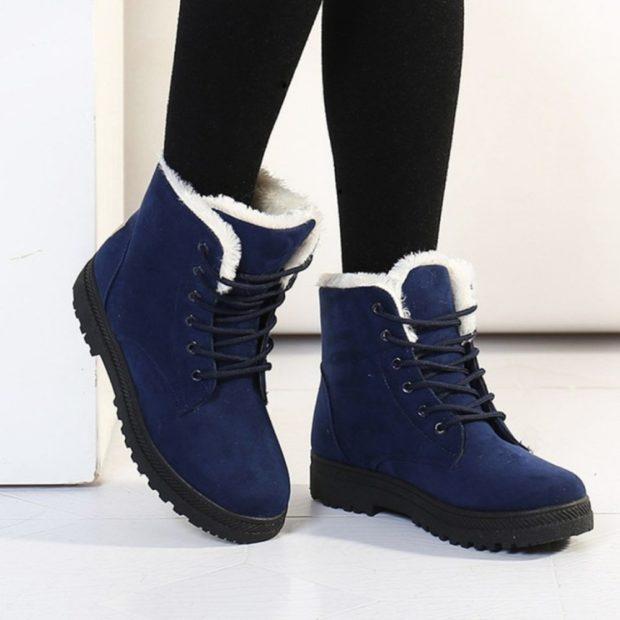 женская обувь осень-зима 2020-2021: синие спортивные