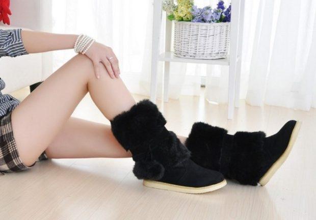 женская обувь осень-зима 2020-2021: с мехом черные