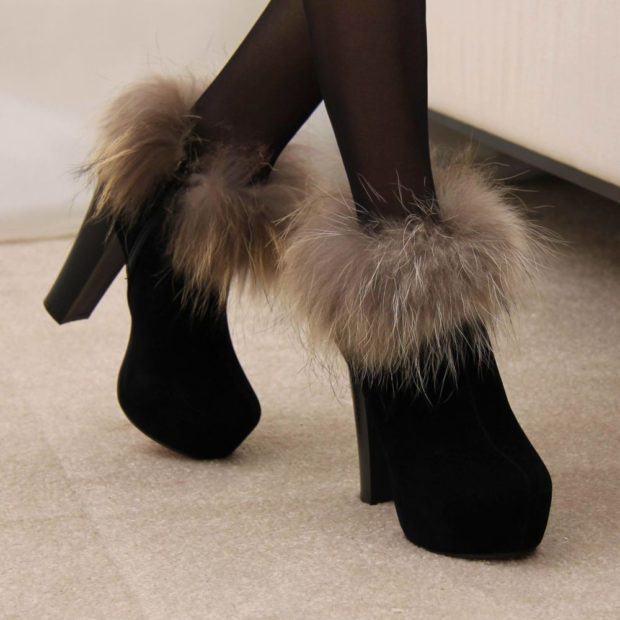 зимняя женская обувь: короткие на каблуке