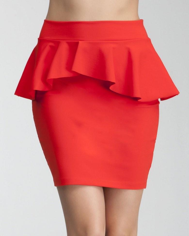 базовый гардероб 2018 2019: юбка с баской красная короткая