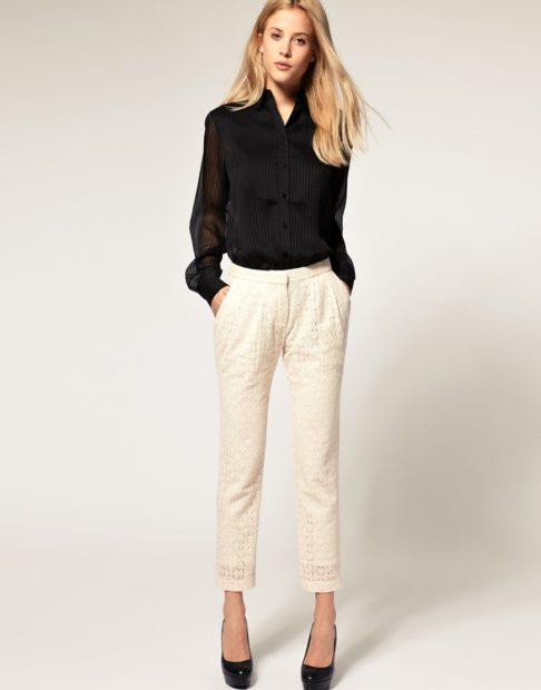 Белые брюки женские: под блузку черную
