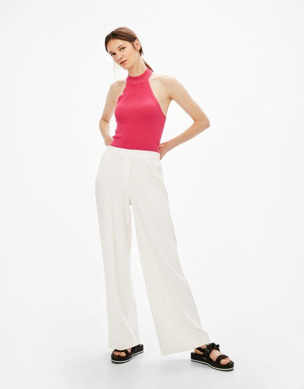 Белые брюки женские: широкие под топ розовый