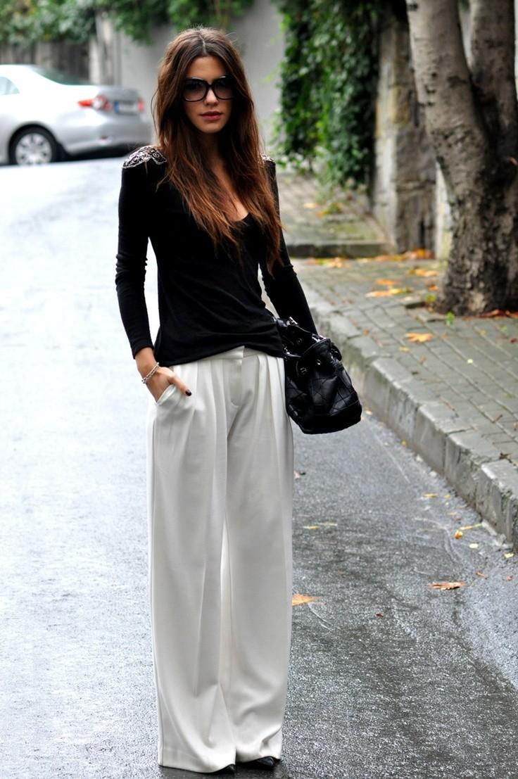 Белые брюки женские: льняные под кофту черными