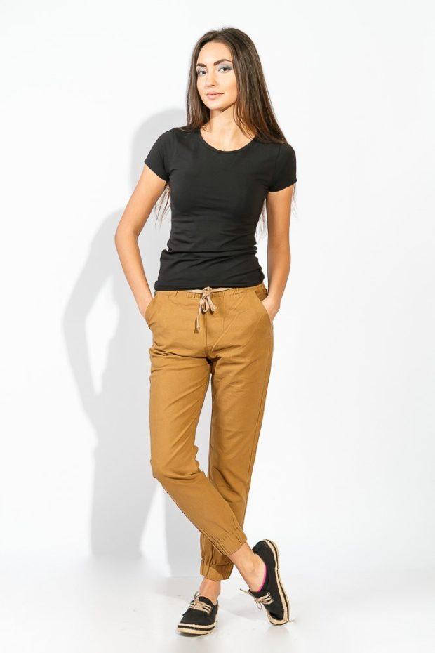 брюки весна-лето 2019: коричневые со шнурком чинос