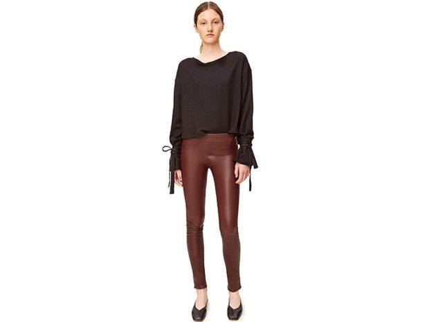 брюки весна-лето 2018: кожаные коричневые классические штаны