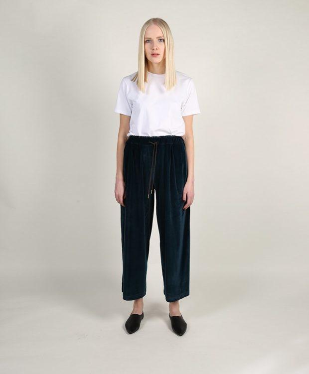 брюки весна-лето 2019: бархатные короткие широкие