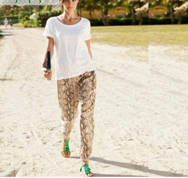 брюки весна-лето 2018: пижамный стиль светлые с узором