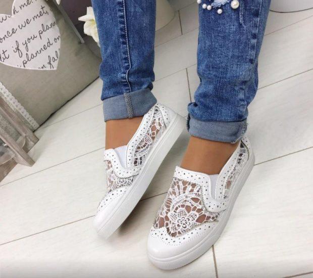Слипоны женские с чем носить: кружевные белые под джинсы