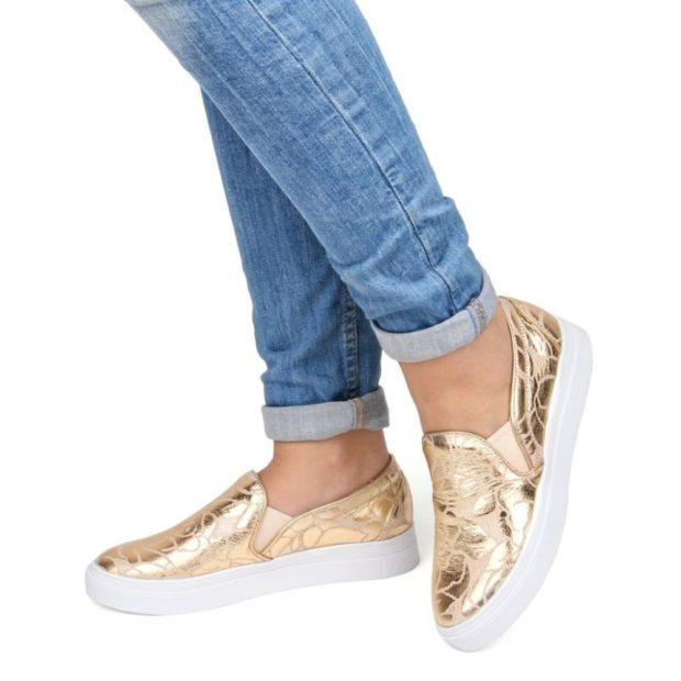 Слипоны женские фото с чем носить на тонкой подошве золотые под джинсы