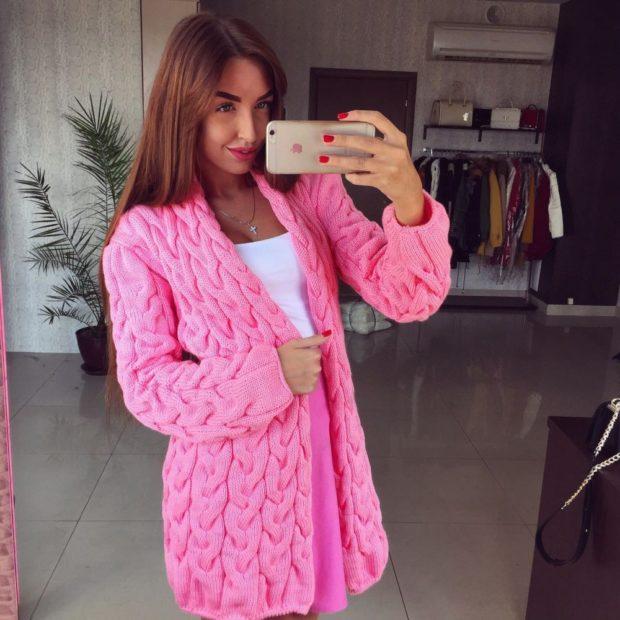 Модные кардиганы Лало осень зима 2018 2019 вязанные, розовый цвет