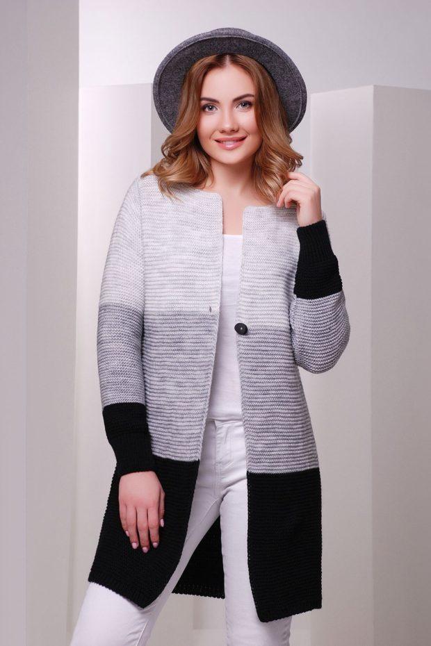 Модные кардиганы осень зима 2019-2020: вязанный в бело -серо- черную полоску