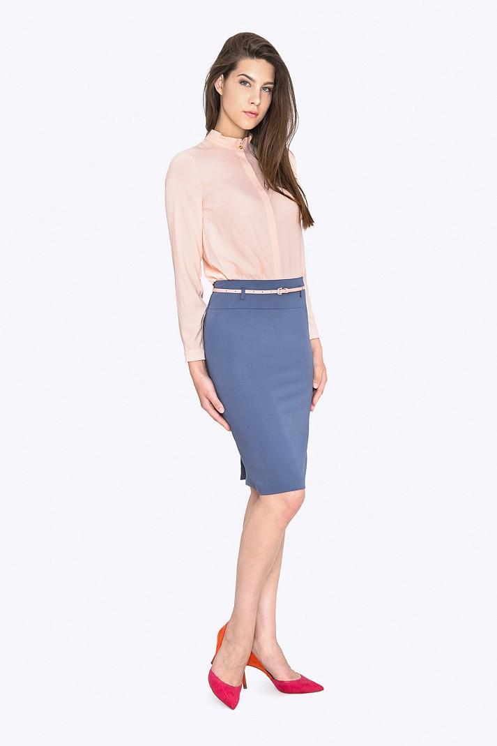 Модные образы осень-зима 2018: юбка карандаш синяя