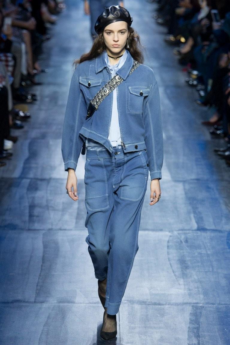 Модные образы осень-зима 2018: костюм джинсовый синий