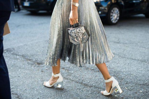 Модные образы весна лето 2018: юбка плиссированная серебро