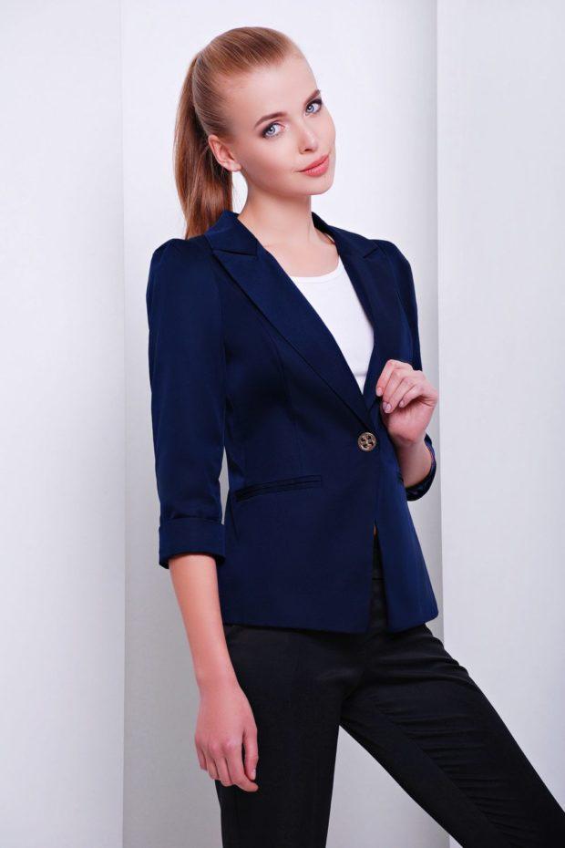 Модные пиджаки осень зима 2019-2020: синий рукав по локоть