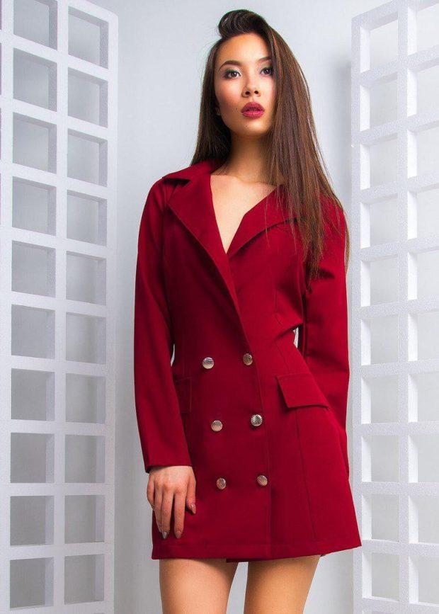 пиджаки осень зима 2019-2020: двубортный красный