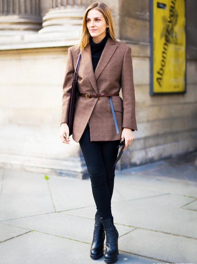 модные пиджаки осень зима 2018 2018: пиджаки под пояс коричневый