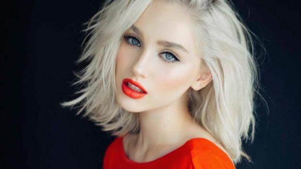 модный цвет волос 2020 года: блонд платиновый теплый