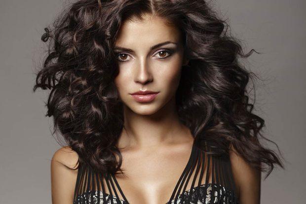 Модный цвет волос 2018: черный цвет натуральный