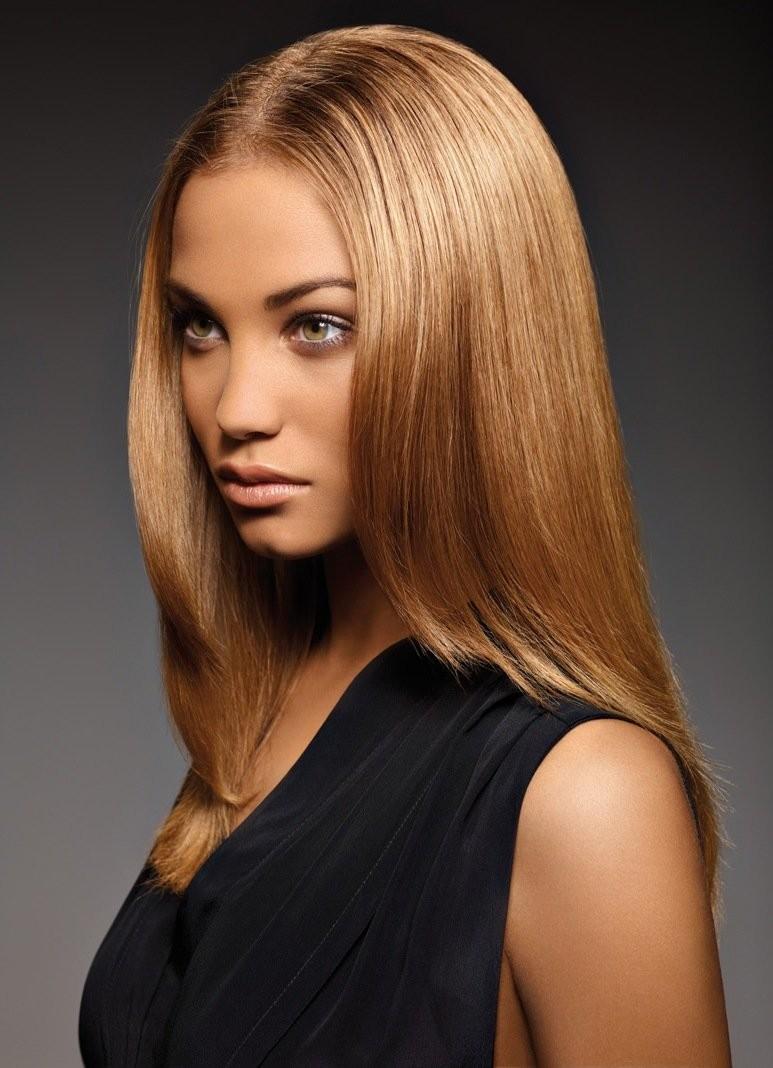 Модный цвет волос 2018: блонд карамельный