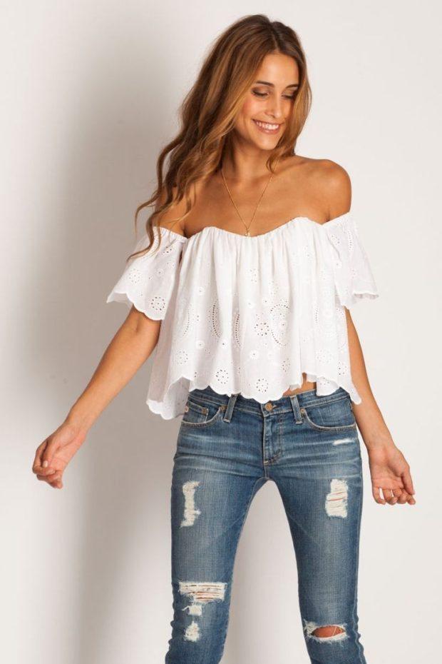 модные блузки: с открытыми плечами белая