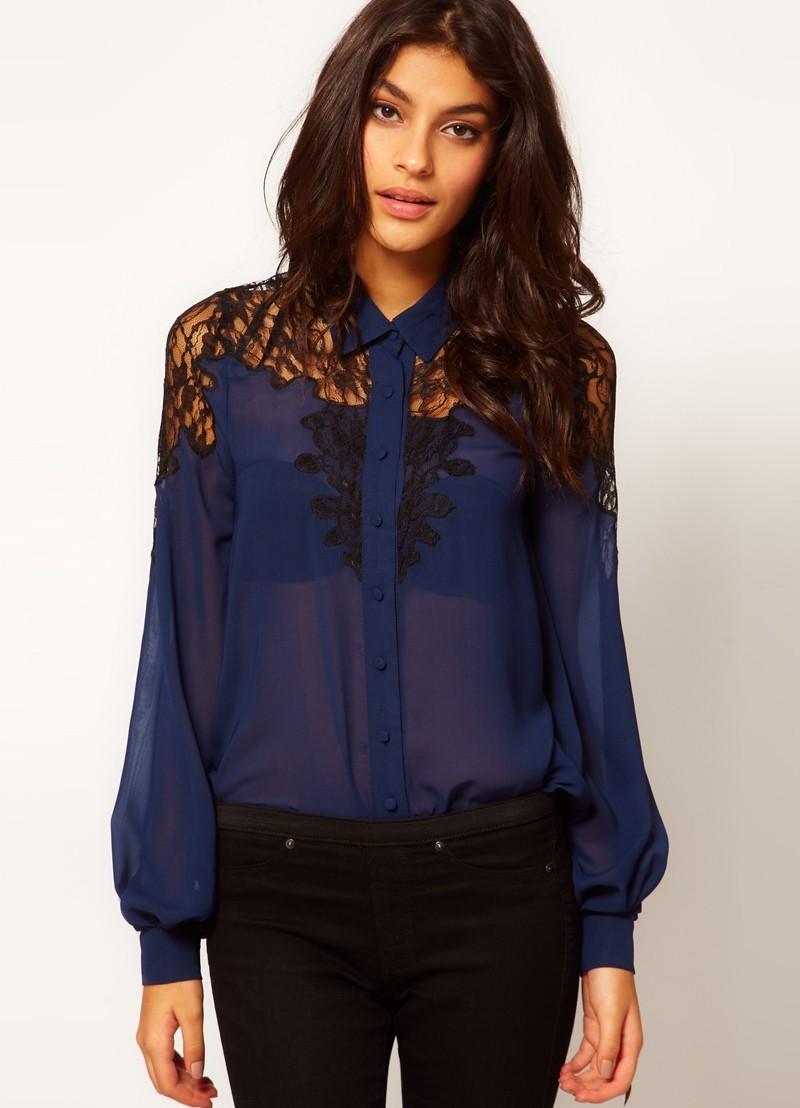модные блузки 2018: шифоновая синяя с кружевом