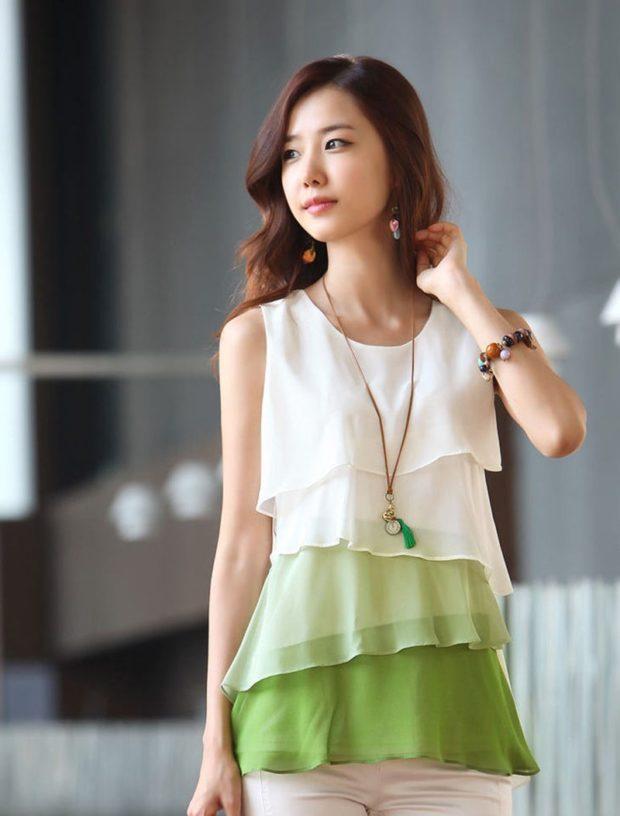 блуза шифоновая с воланами зеленая с белым